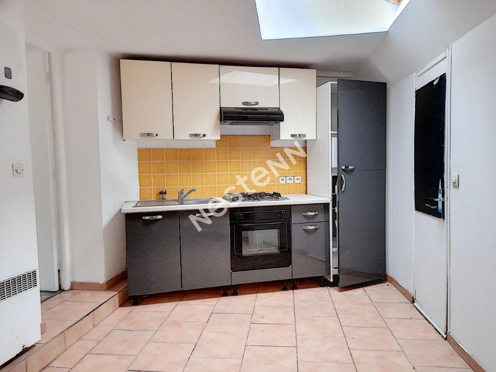 photos n°1 Maison de Bourg d'Equemauville avec garage, 7 pièces, 5 chambres 109 m²