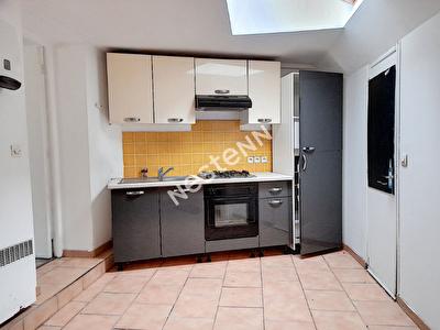 Maison de Bourg d'Equemauville avec garage, 7 pieces, 5 chambres 109 m2
