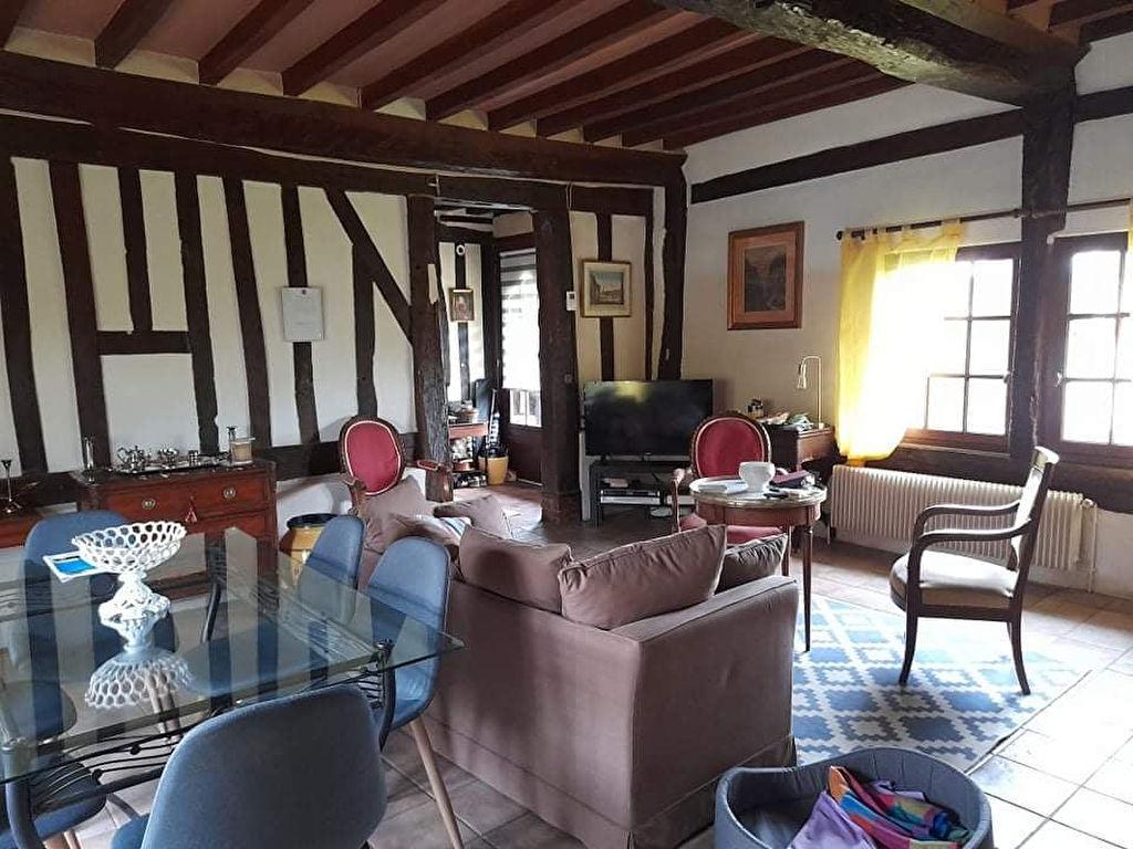 photos n°1 A 3 Km au Nord de LISIEUX, Maison 5 pièces de 91.24 m2, 3 chambres. Terrain de 735 m².