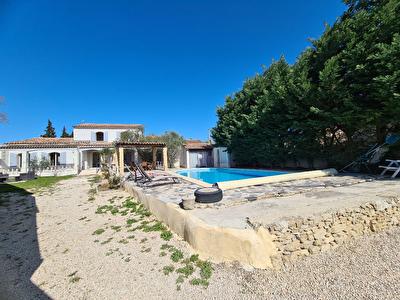 Maison L Isle Sur La Sorgue 165 m2