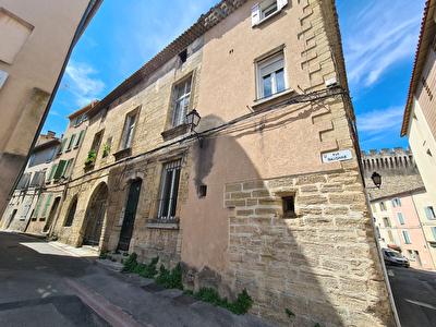 Immeuble de 12 logements a vendre a Carpentras.
