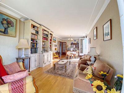Appartement  T4 de 98 m2  avec garage et parking a vendre a Carpentras