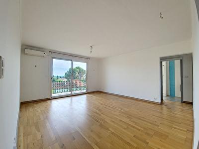 A vendre - Appartement Carpentras 3 pieces 64 m2