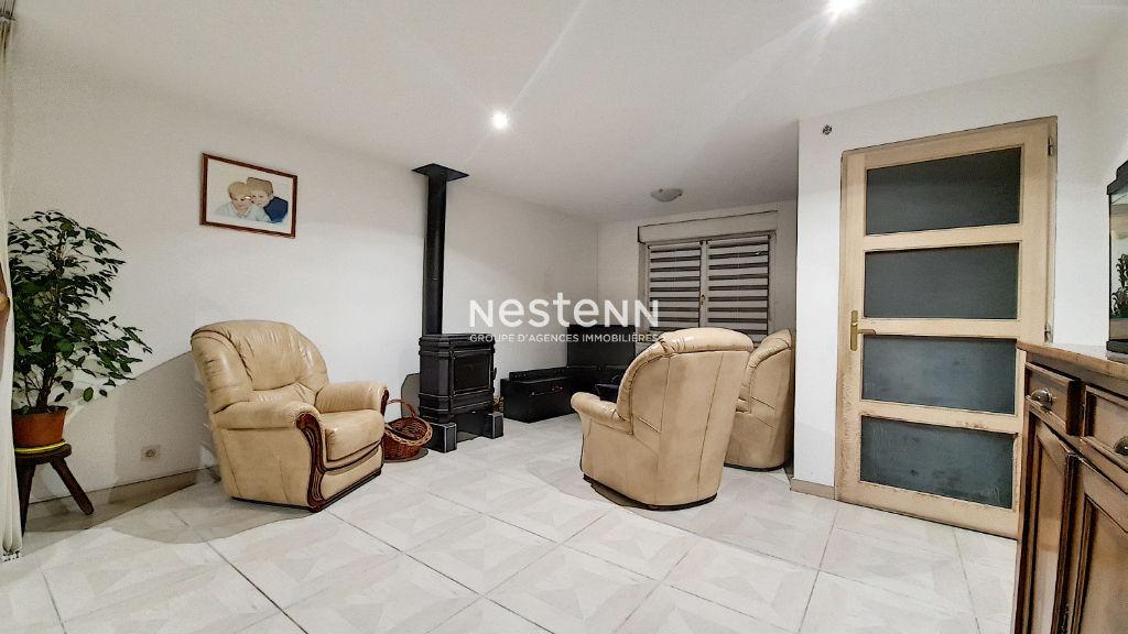 Maison Pecquencourt , 2 chambres ,5 pièce(s) 105 m2 dans un secteur calme proche centre ville.
