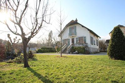 Maison La Motte Servolex 6 pieces 140 m2
