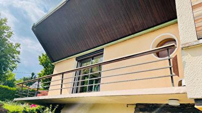 Maison 5 pieces de 119 m2 sur Chambery le vieux