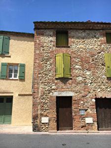 TOULOUGES - Maison de village T2