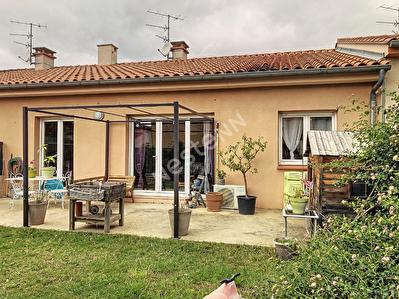 A LOUER-TOULOUGES - Villa plain pied T4 - 2 faces - Garage