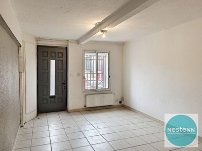 A LOUER-TOULOUGES- Maison de village 80 m2- 2 Chambres-jardin