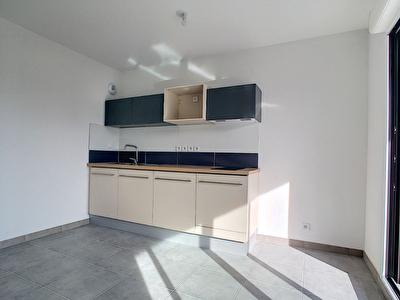 Appartement Sete 2 pieces 35 m2 avec Parking et terrasse