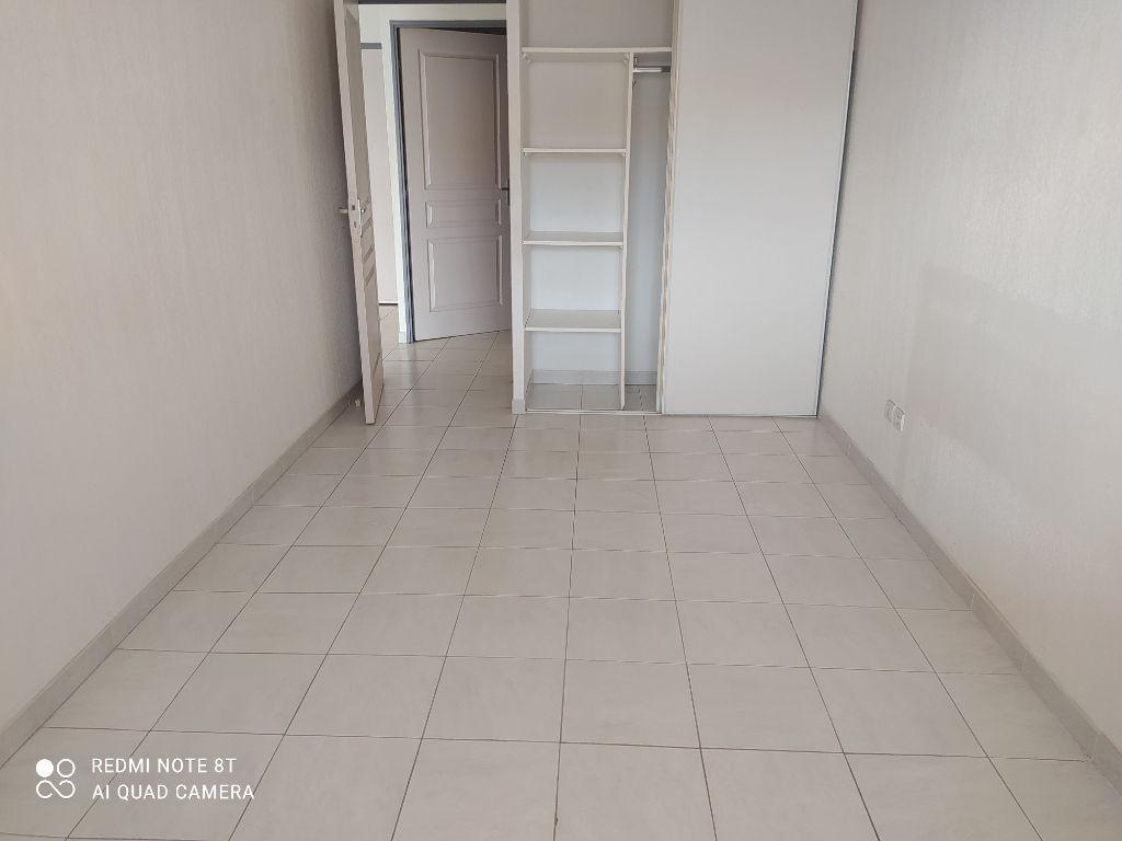 A vendre T2 de 38m² ascenseur, terrasse et parking