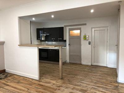 Agen Centre - Appartement T2 de 45 m2 entierement renove