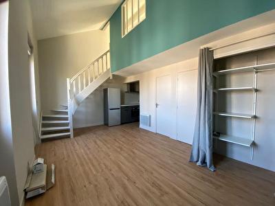 AGEN HYPER CENTRE - Appartement renove 2 pieces de 44 m2