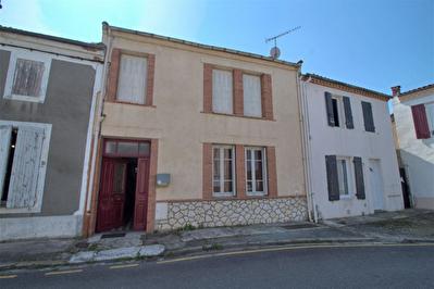 A VENDRE - LE VIEUX PASSAGE - Maison 6 pieces avec jardin