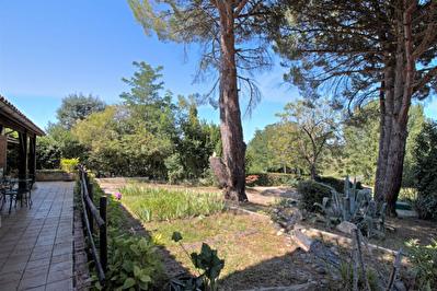 Maison a vendre Agglomeration Agenaise -  5 chambres, garage et jardin.