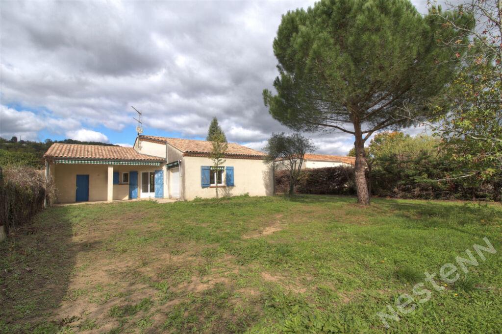 BON ENCONTRE - Maison avec 3 chambres, garage sur 775 m2.
