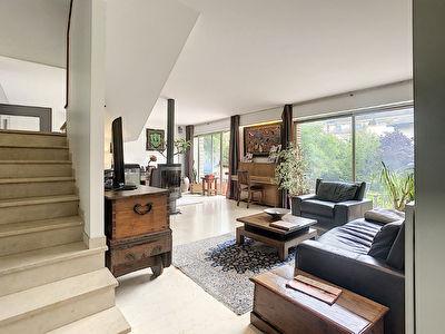 RARE - Vente spacieux appartement a Antony, 4-5 pieces de 117m2, avec jardin de 169m2, 2 caves et un parking