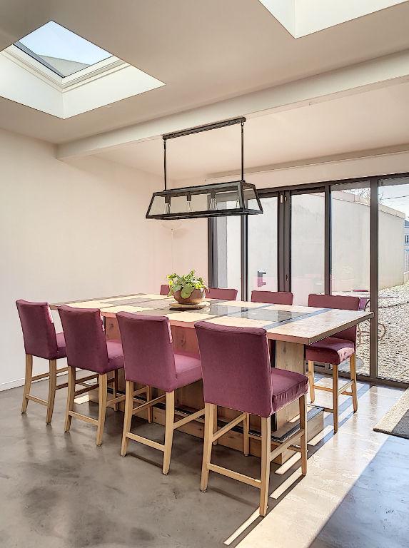 COUP DE COEUR - A VENDRE - Maison d'architecte, 150m2, 5 pièces à Longjumeau, entièrement rénovée avec des prestations haut de gamme