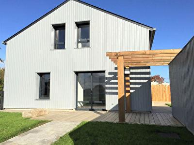 A Louer Maison Chevaigne 6 pieces, 149 m2 habitables, 4 chambres,