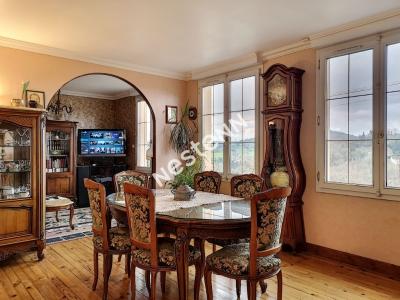 Maison 100 m2, 3 chambres, 1 bureau ,1 terrasse a Tulle