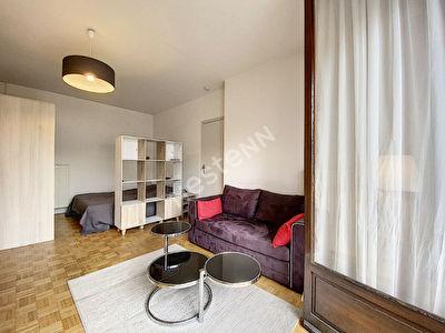 Special investisseur - Studio Brive La Gaillarde - Hyper centre - 32 m2 - 1 cave - balcon