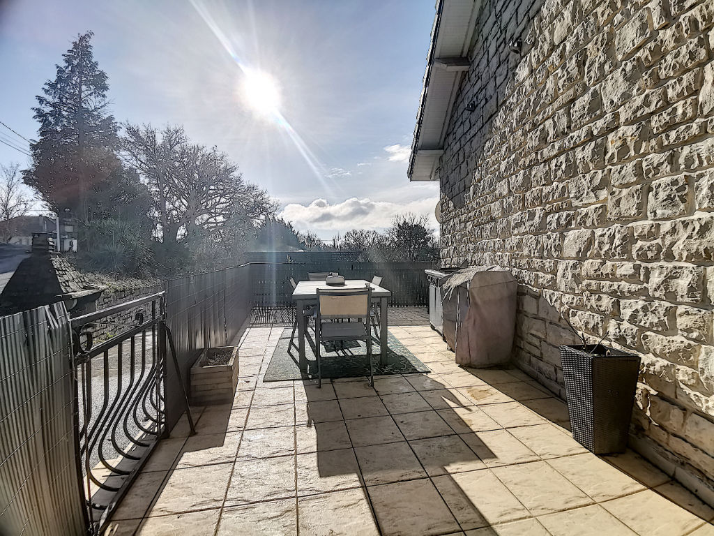 BRIVE - Maison avec piscine sur les hauteurs avec vue panoramique