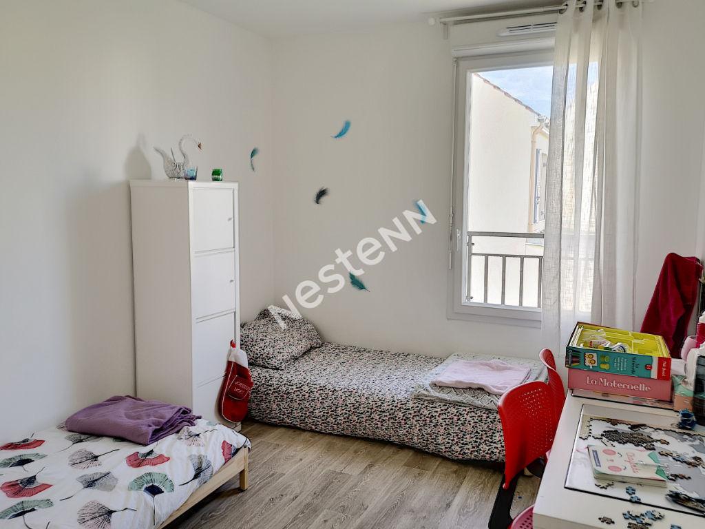 Maison Nandy 5 pièce(s) 90 m2