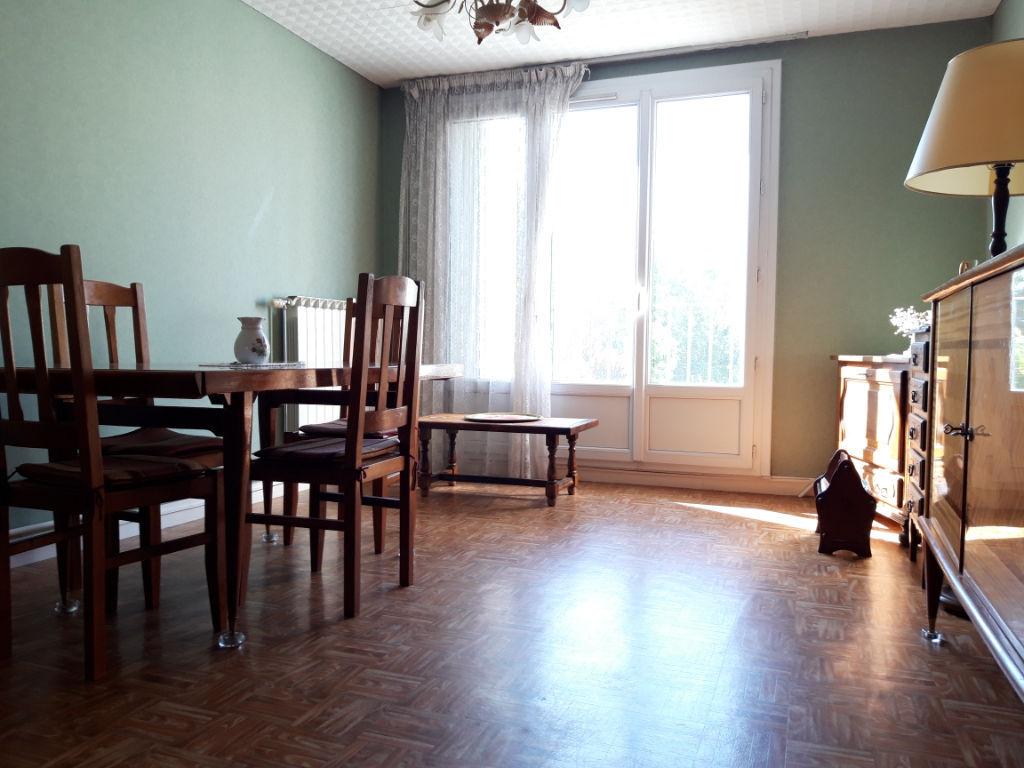 photos n°1 Appartement Etampes 57 m² de 3 pièces