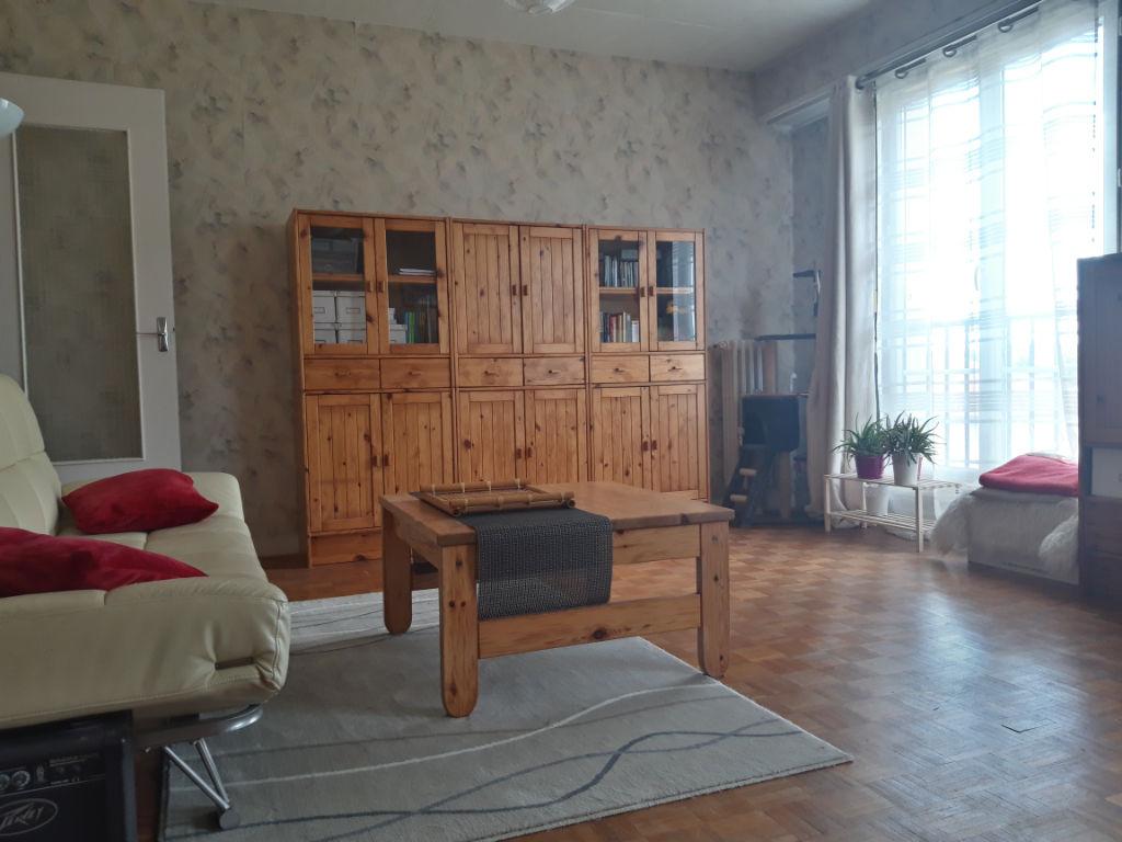 Appartement Etampes 3 pièce(s) 75.8 m2