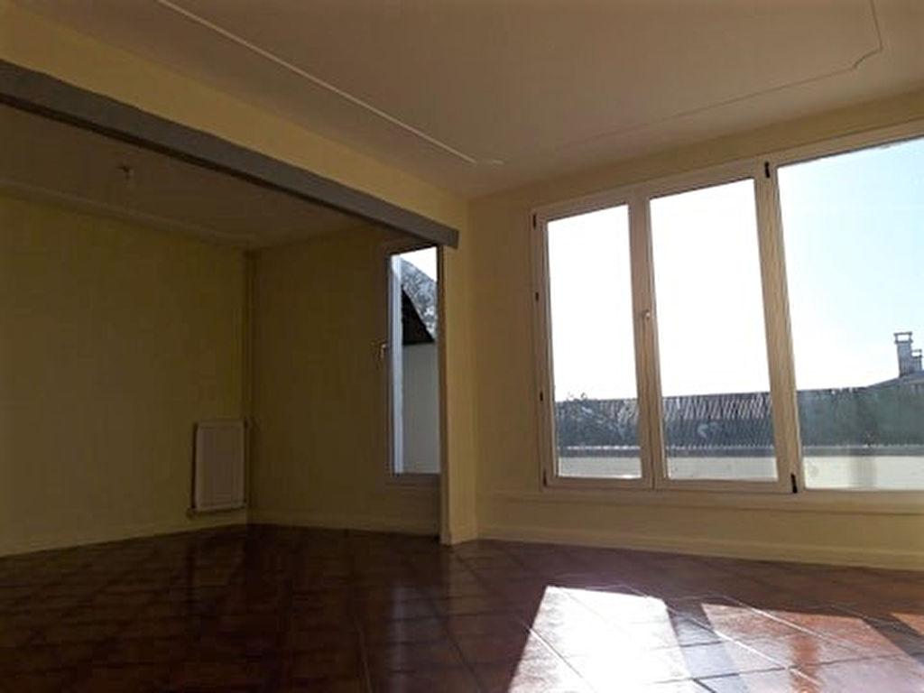 Appartement  3 pièce(s) 80m² Etampes