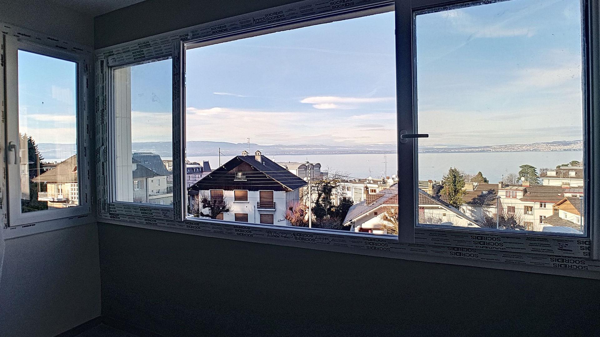 Appartement T4 au Centre Ville d'Evian-les-Bains avec Vue Lac