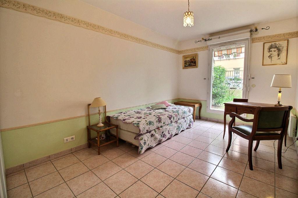 HYÈRES CHÂTEAU D'ARGENT Appartement 3 pièces 70 m² - Terrasse et Jardin - Cave