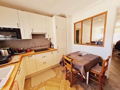 Appartement Hyeres 5 pieces 88.85 m2