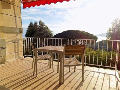 Cannes a louer en meuble 3 pieces terrasse vue mer