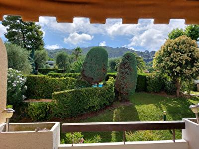 Le Cannet Pen Chai 2 pieces traversant terrasses,cave et parking