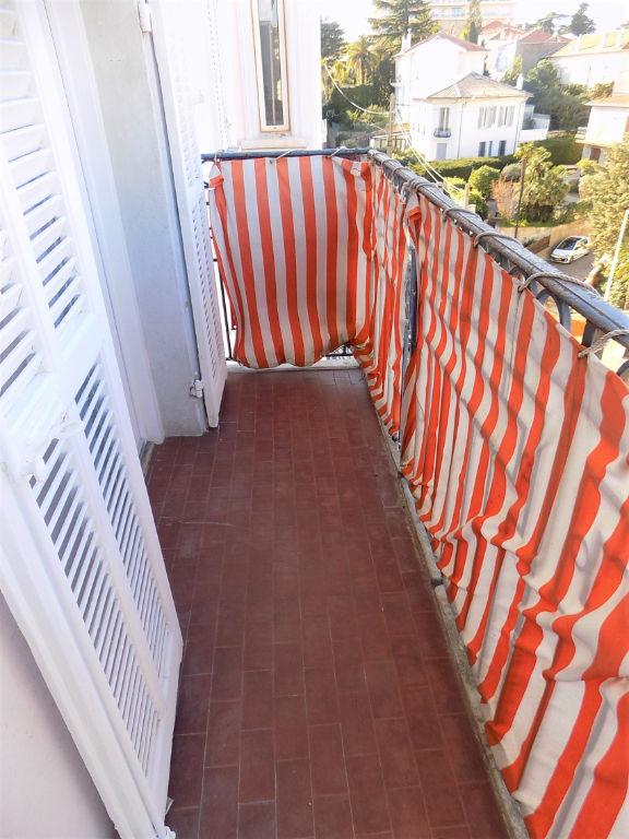 Cannes Saint-Nicolas 2 pièces 28 m²