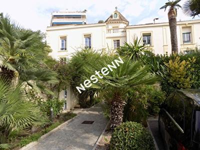 A louer Bail vide Cannes bel appartement 4 pieces bourgeois