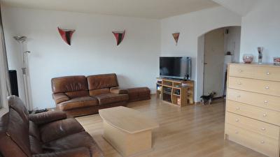 Appartement La Garde 4 pieces 67 m2, 2 chambres, loggia et cave