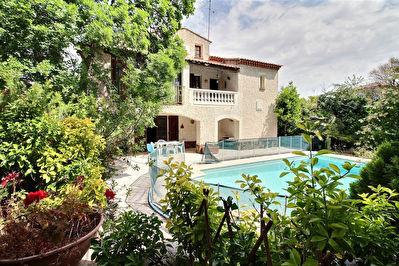 Maison La Garde 5 pieces 170 m2 - Quartier calme et residentiel, 2 logements, piscine, jardin