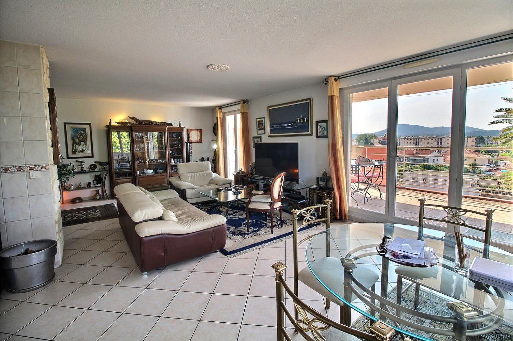 Appartement La Garde 5 pièce(s) 108 m² - Centre ville, terrasse, parking, garage, Sans travaux