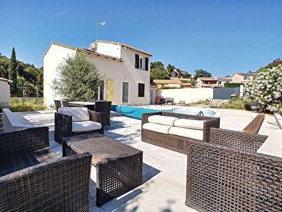 Maison individuelle 103m2 renovee avec piscine