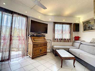 Appartement Mandelieu La Napoule 3 pieces proche toutes commodites