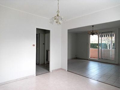 Appartement  3 pieces 68 m2 13008