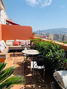 Appartement T3 Marseille 6 eme dernier etage Terrasse et garage