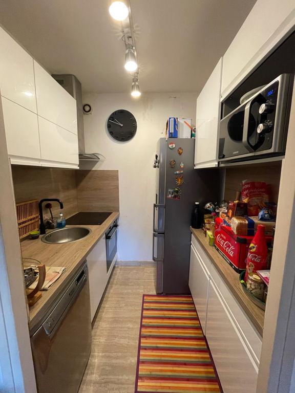 Appartement Marseille 8ème  2 pièce(s) 36 m2 parking + cave