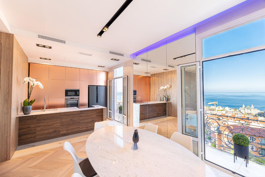 Exceptionnel Beausoleil superbe appartement vue mer dernier étage