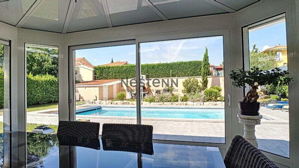 Maison plain pied avec piscine Vernaison/CHARLY  5 pièces