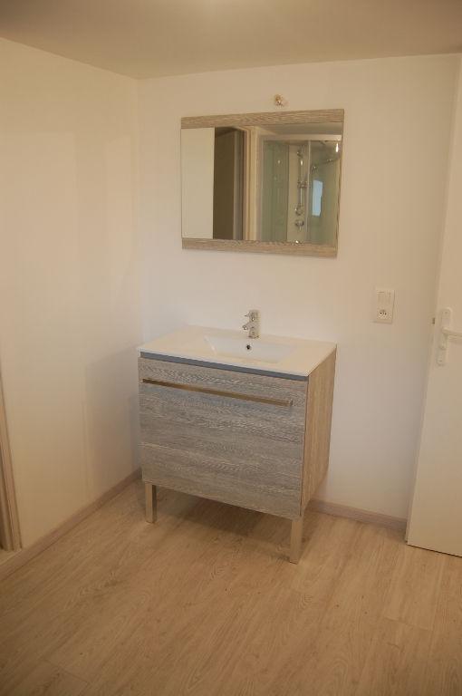Lot de 2 Appartements Charmes 6 pièce(s) 161 m2 terrain 196m²