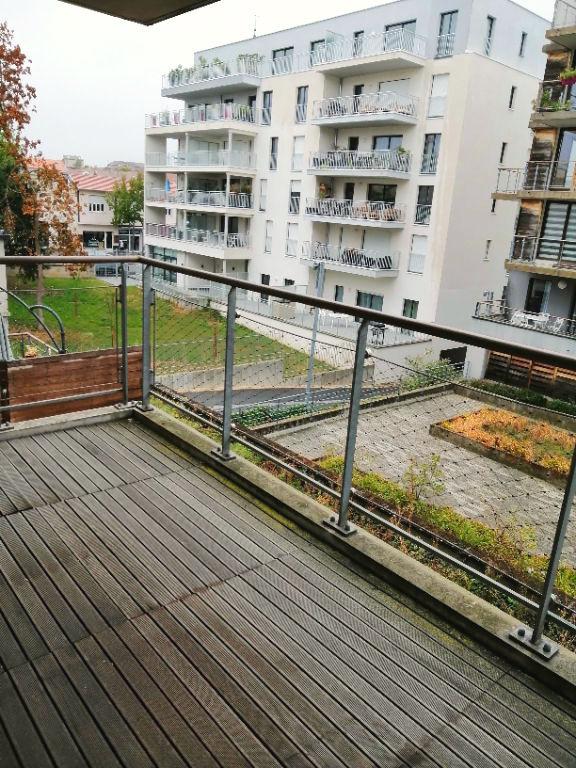 Nancy Rives de Meurthe- F2 Parking et Terrasse