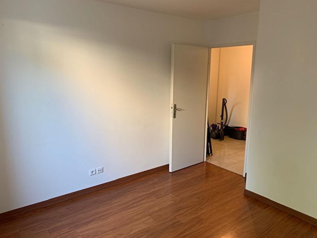 Appartement RDC Ferrieres En Brie 2 pièces 43.61 m2
